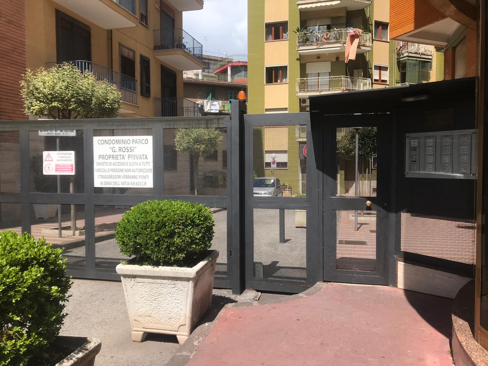 Appartamento in vendita a San Giorgio a Cremano, 2 locali, prezzo € 180.000   CambioCasa.it