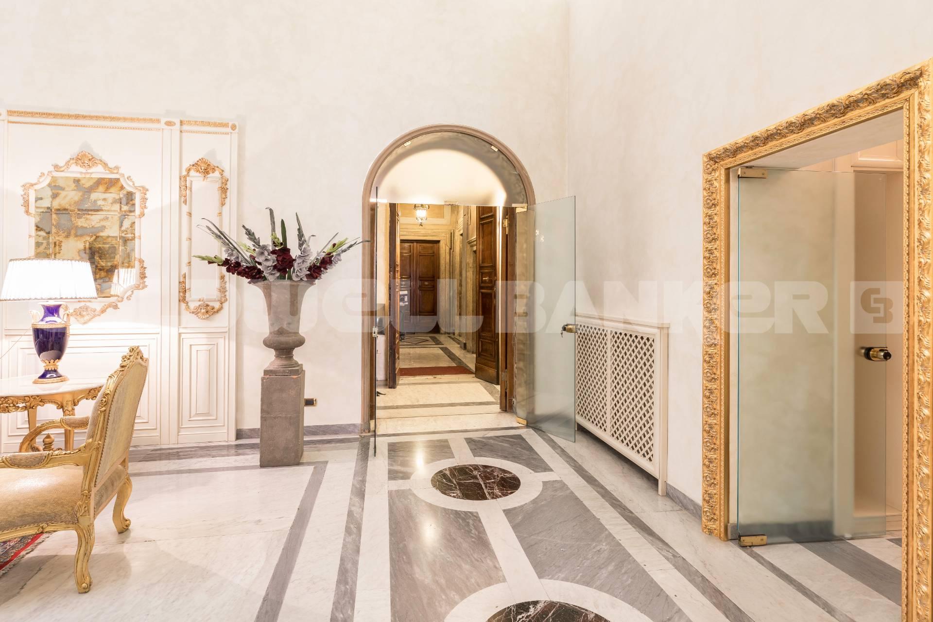 Cbi072 568 ex1418 appartamento in affitto a roma for Roma centro affitto