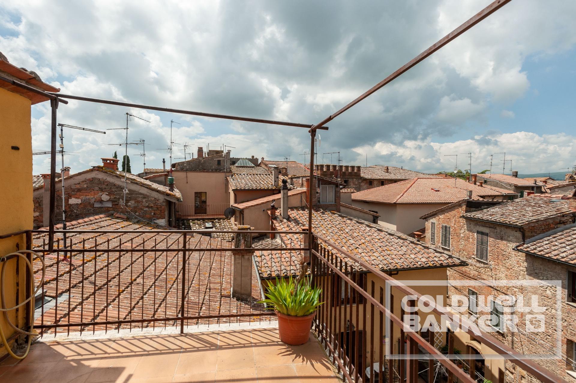 Appartamento in vendita a Chiusi, 3 locali, prezzo € 229.000   CambioCasa.it
