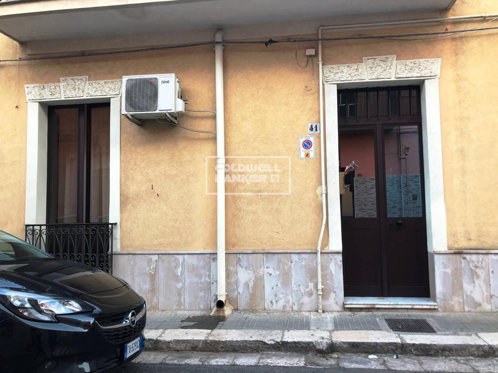 Soluzione Indipendente in vendita a Brindisi, 2 locali, zona Zona: Commenda, prezzo € 113.000 | CambioCasa.it