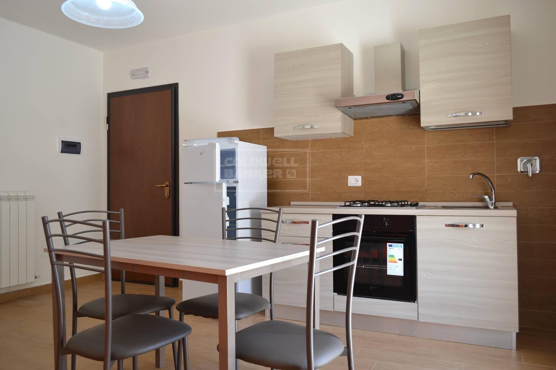 Appartamento in vendita a Gualdo Cattaneo, 4 locali, prezzo € 59.000 | CambioCasa.it