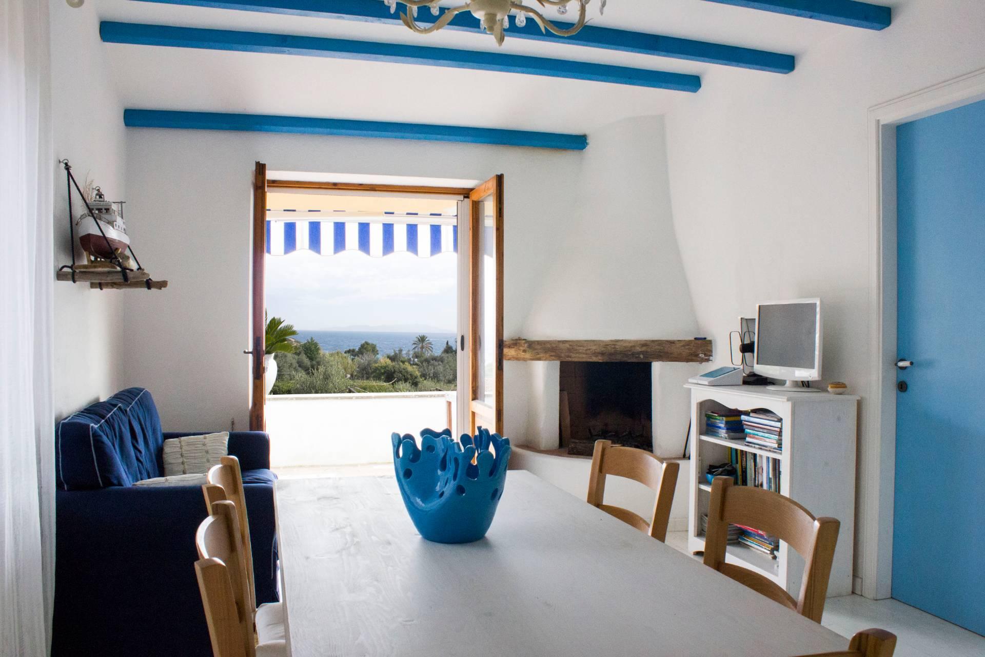 Villa in vendita a Isola del Giglio, 5 locali, prezzo € 470.000   CambioCasa.it