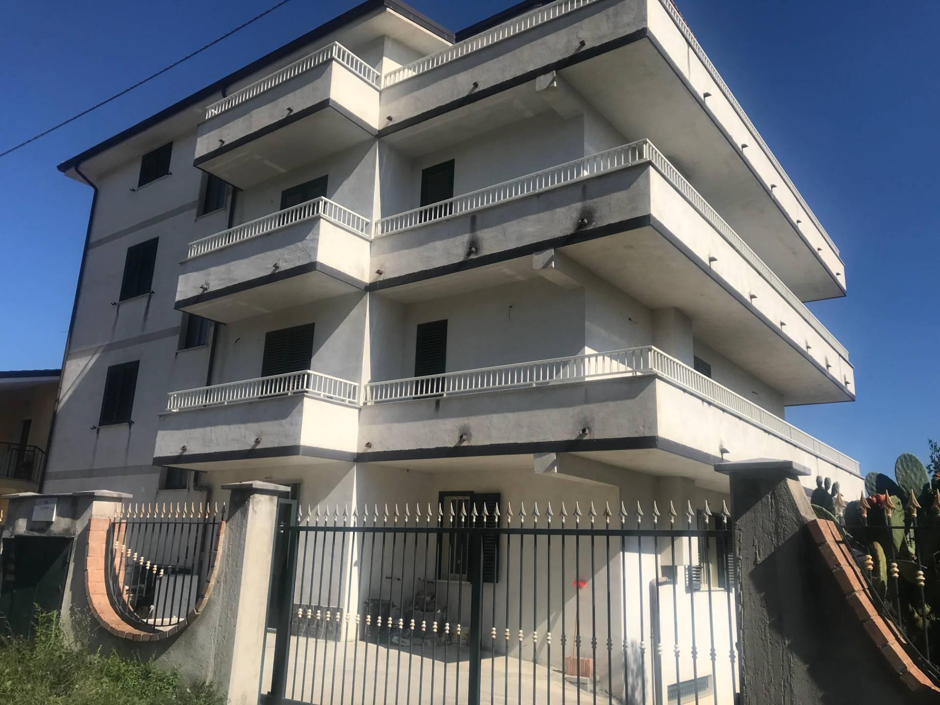 Appartamento in vendita a Torre Orsaia, 5 locali, prezzo € 90.000 | PortaleAgenzieImmobiliari.it