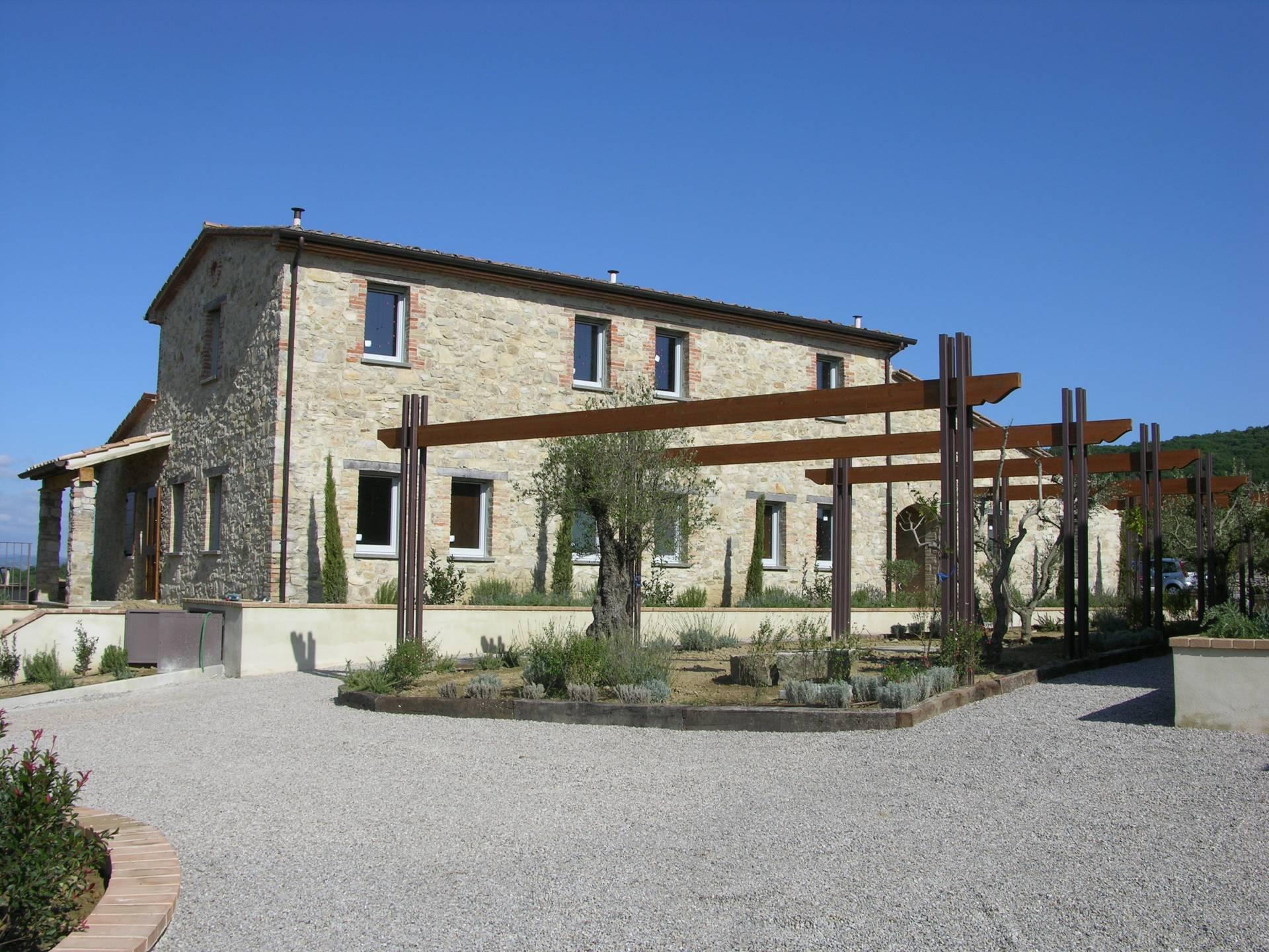 Appartamento in vendita a Umbertide, 5 locali, prezzo € 285.000   CambioCasa.it