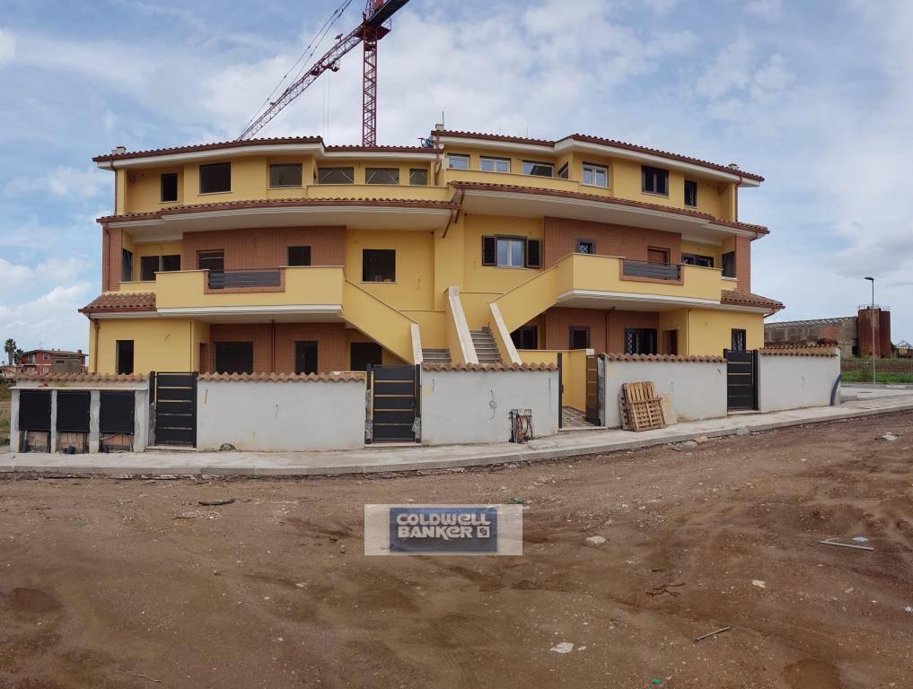 Appartamento in vendita a Pomezia, 3 locali, zona Località: Torvaianicaalta, prezzo € 158.000 | PortaleAgenzieImmobiliari.it