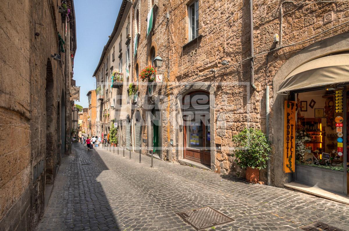 Negozio / Locale in vendita a Orvieto, 9999 locali, prezzo € 180.000 | CambioCasa.it