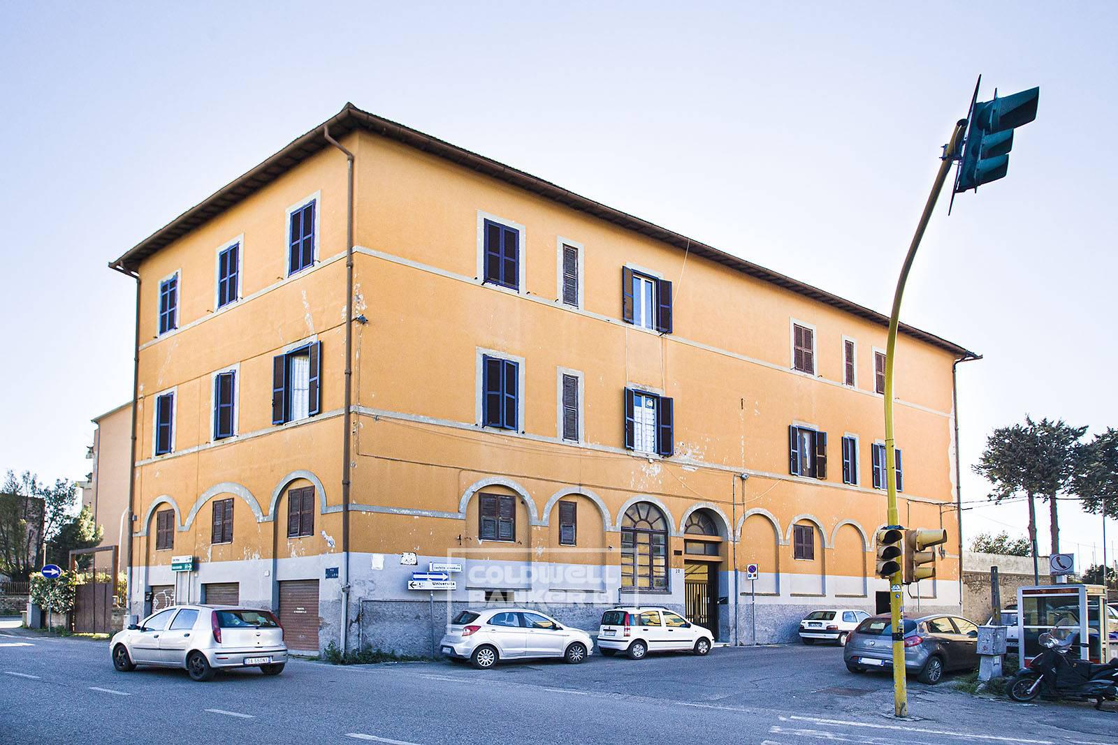 Appartamento in vendita a Viterbo, 3 locali, zona Zona: Semicentro, prezzo € 49.000 | CambioCasa.it