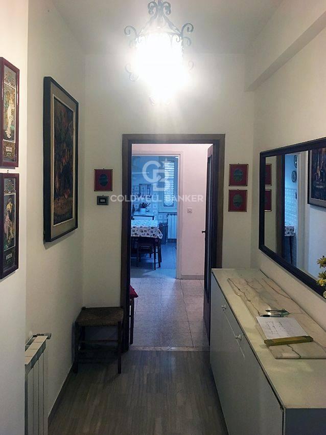 Appartamento in vendita a Terracina, 4 locali, prezzo € 185.000 | CambioCasa.it