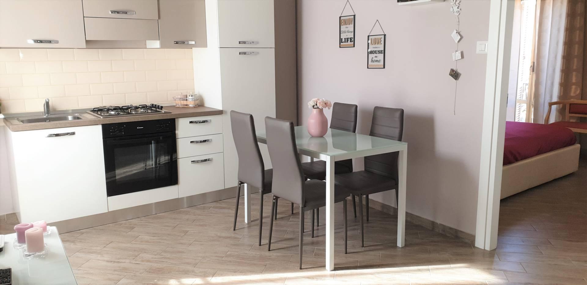 Appartamento in vendita a Viterbo, 3 locali, zona Zona: Centro, prezzo € 74.000 | CambioCasa.it