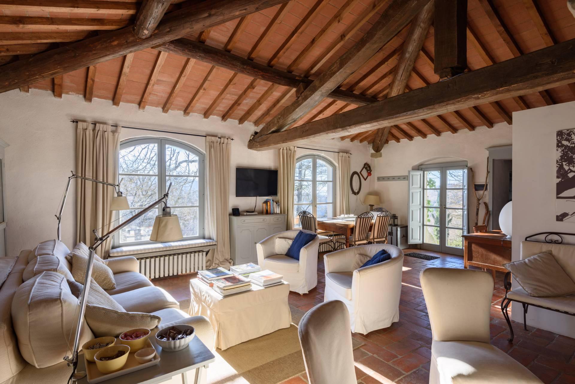 Appartamento in vendita a Anghiari, 4 locali, zona Zona: Scheggia, prezzo € 195.000 | CambioCasa.it