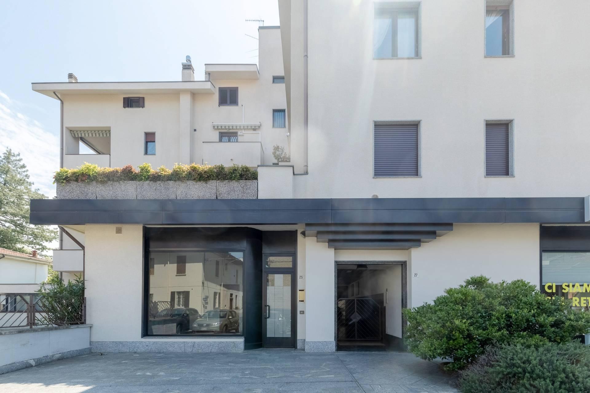 Vendita Ufficio diviso in ambienti/locali Ufficio Legnano 200553