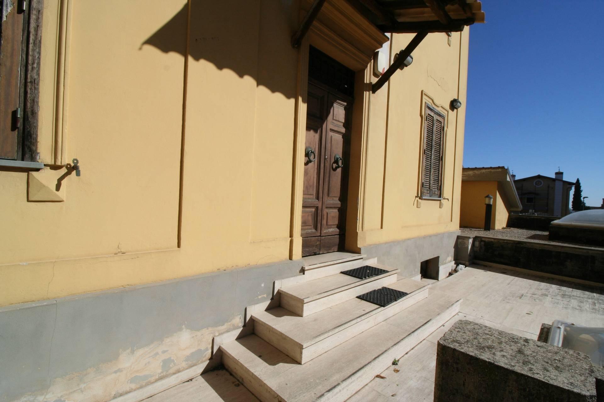 Soluzione Indipendente in vendita a Ronciglione, 5 locali, zona Località: centrale, prezzo € 310.000 | CambioCasa.it