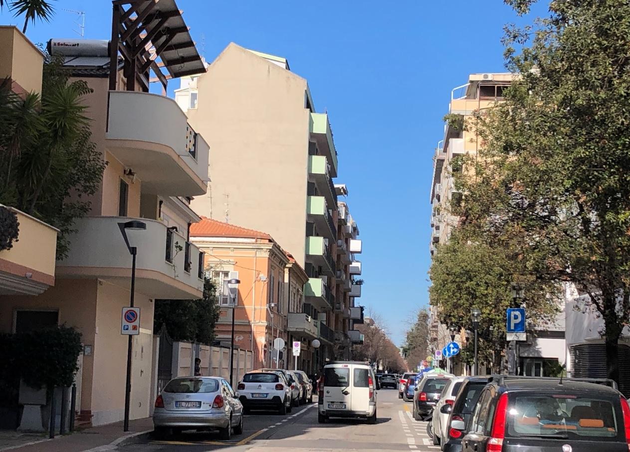 APPARTAMENTO in Vendita a Centro, Pescara (PESCARA)