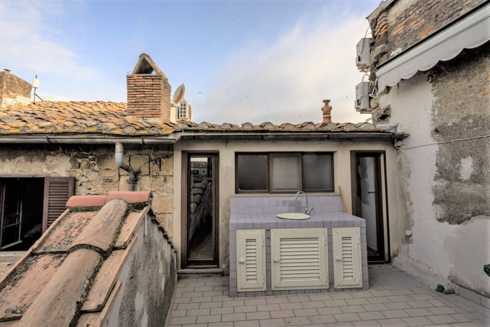 Appartamento in vendita a Tarquinia, 6 locali, zona Località: CentroStorico, prezzo € 215.000 | PortaleAgenzieImmobiliari.it