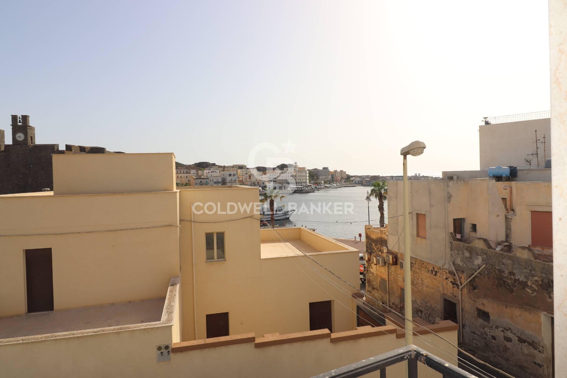 Appartamento in vendita a Pantelleria, 4 locali, prezzo € 80.000   CambioCasa.it