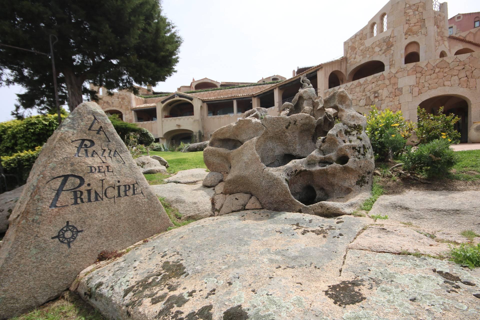 NEGOZIO in Affitto a Porto Cervo, Arzachena (SASSARI)