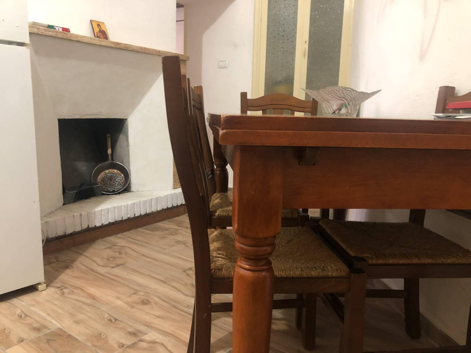 Appartamento in vendita a Narni, 3 locali, prezzo € 59.000 | CambioCasa.it