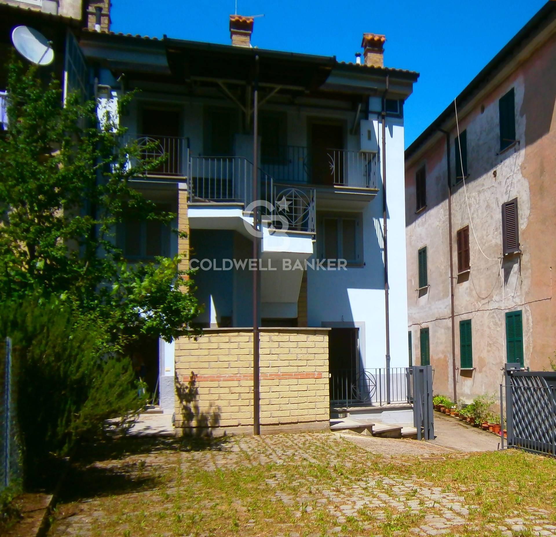 Appartamento in vendita a Canepina, 3 locali, prezzo € 114.000 | CambioCasa.it
