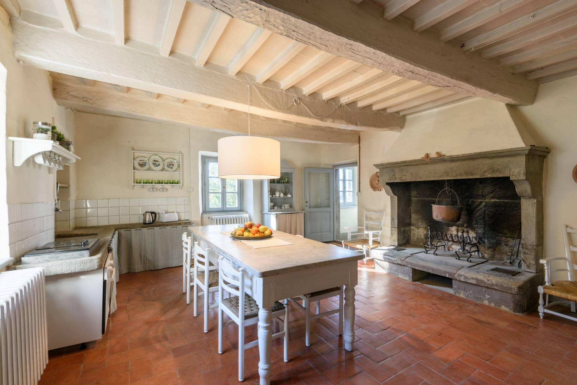 Appartamento in vendita a Anghiari, 3 locali, zona Zona: Scheggia, prezzo € 130.000 | CambioCasa.it
