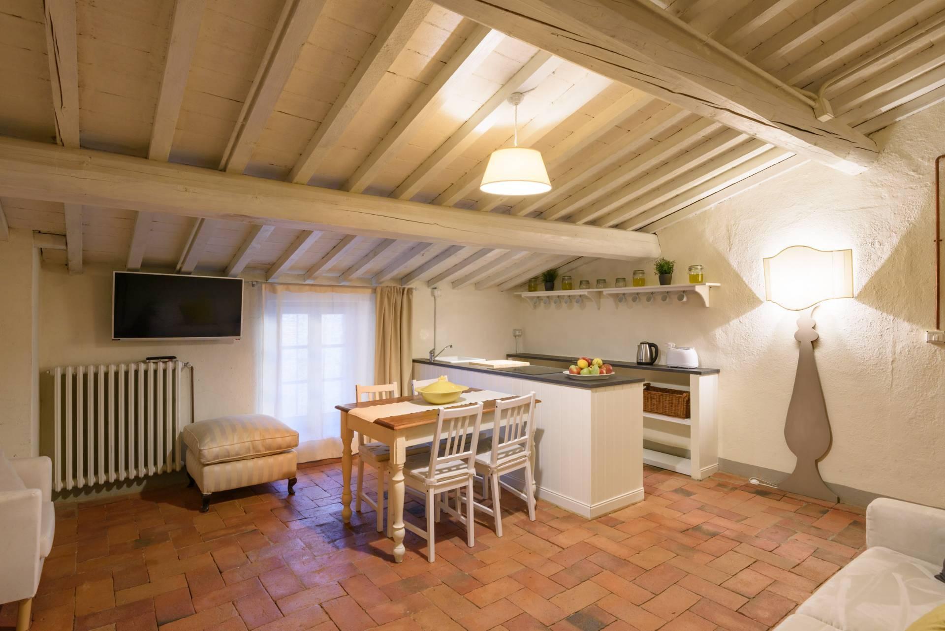 Appartamento in vendita a Anghiari, 2 locali, zona Zona: Scheggia, prezzo € 100.000 | CambioCasa.it