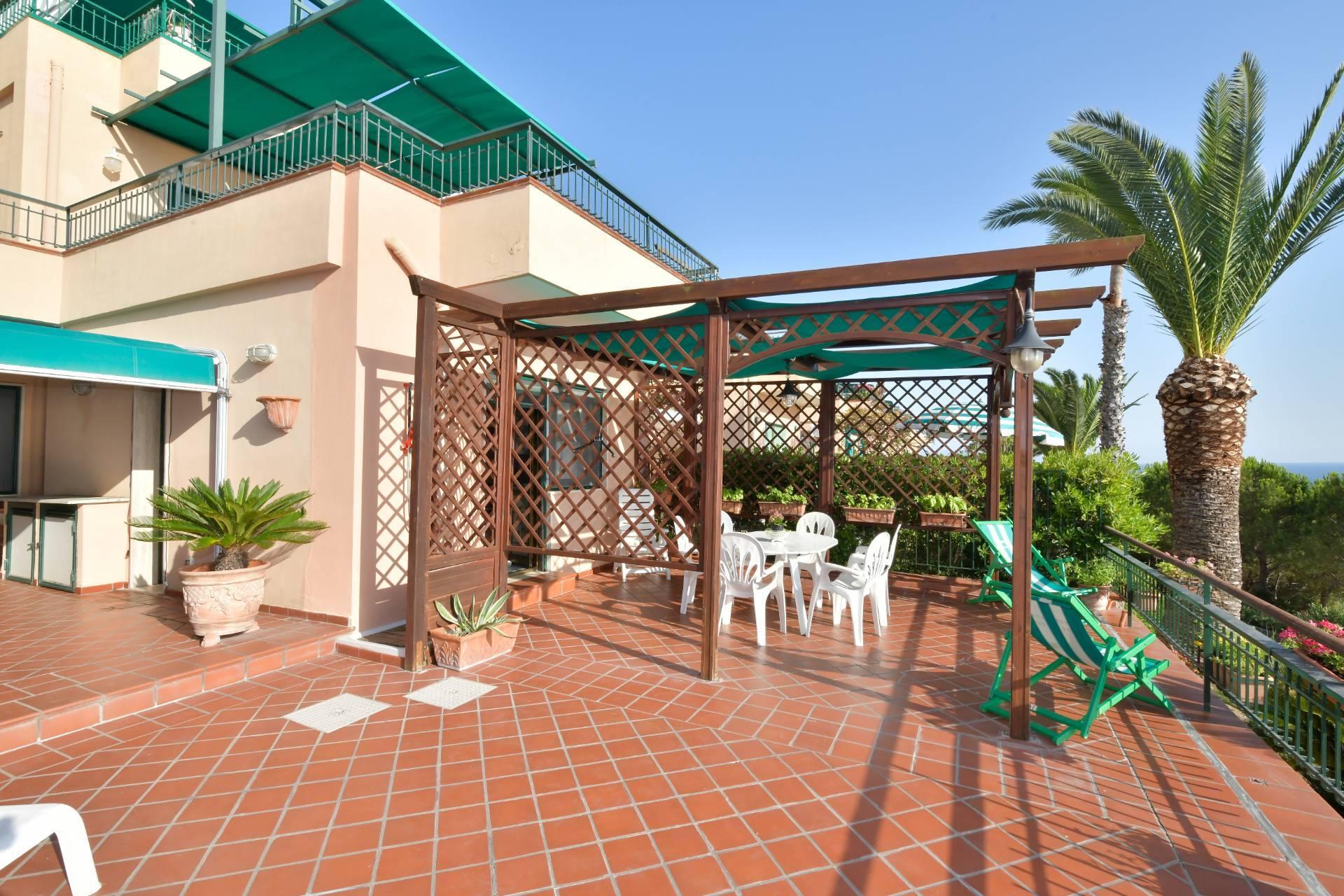 Appartamento in vendita a Pollica, 3 locali, zona Zona: Acciaroli, prezzo € 225.000 | CambioCasa.it
