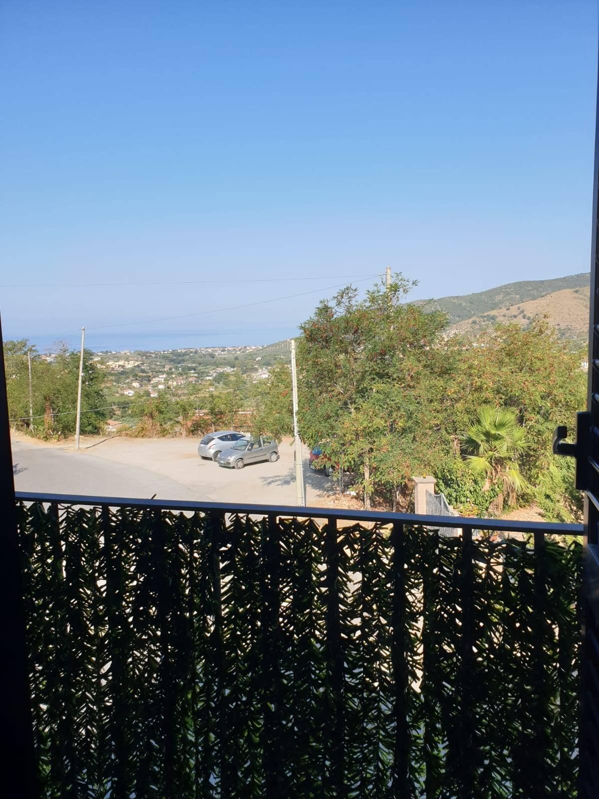 Appartamento in vendita a Castellabate, 3 locali, zona Località: S.aMaria, prezzo € 100.000   CambioCasa.it