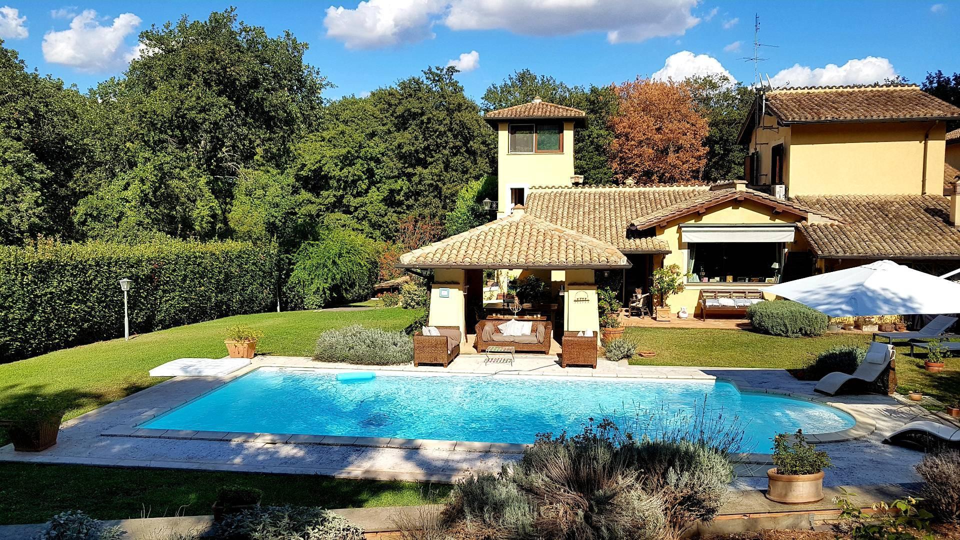 Soluzione Semindipendente in vendita a Roma, 15 locali, zona Zona: 42 . Cassia - Olgiata, prezzo € 1.380.000 | CambioCasa.it