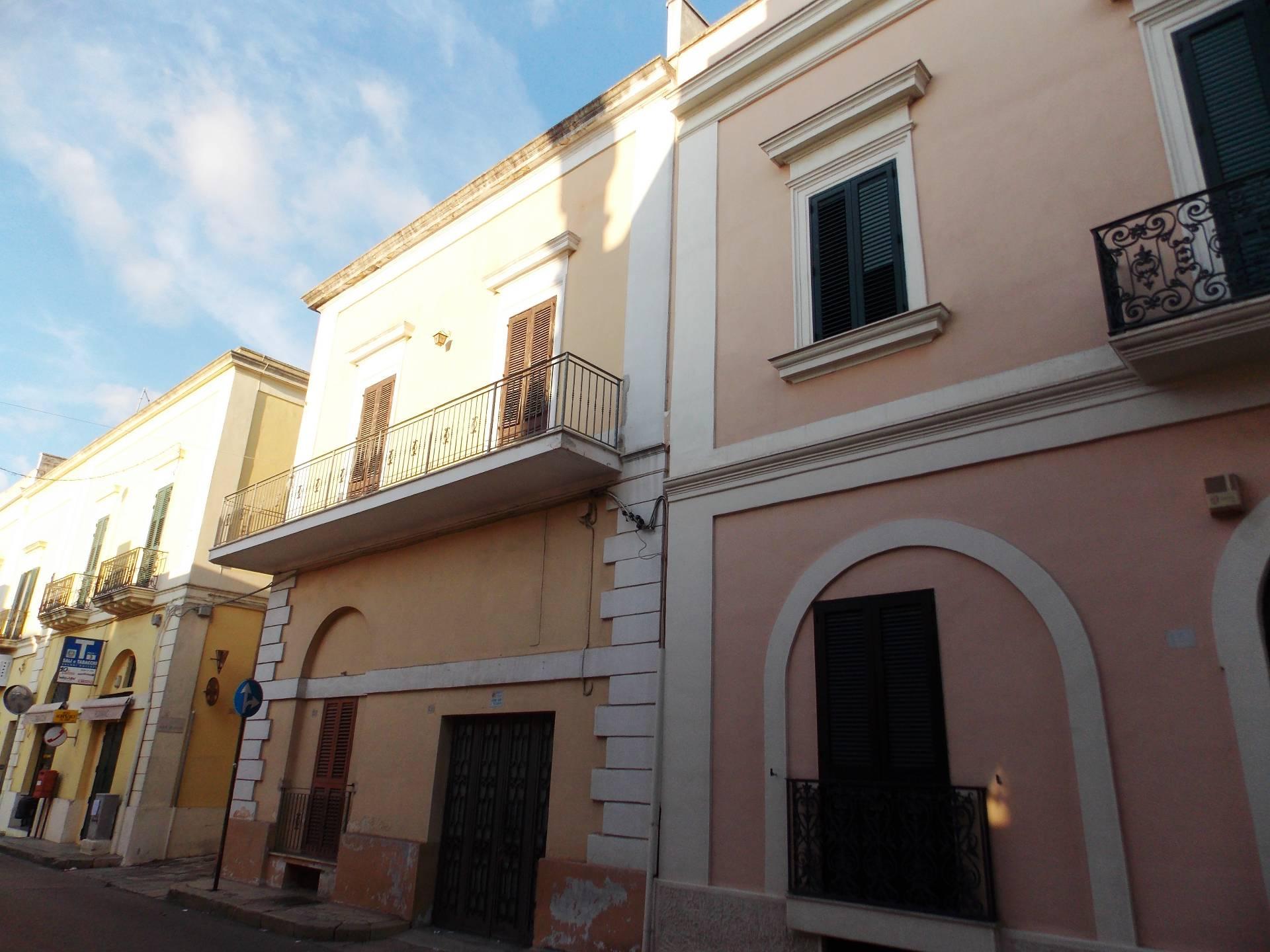 Appartamento in vendita a Matino, 3 locali, prezzo € 102.000 | CambioCasa.it