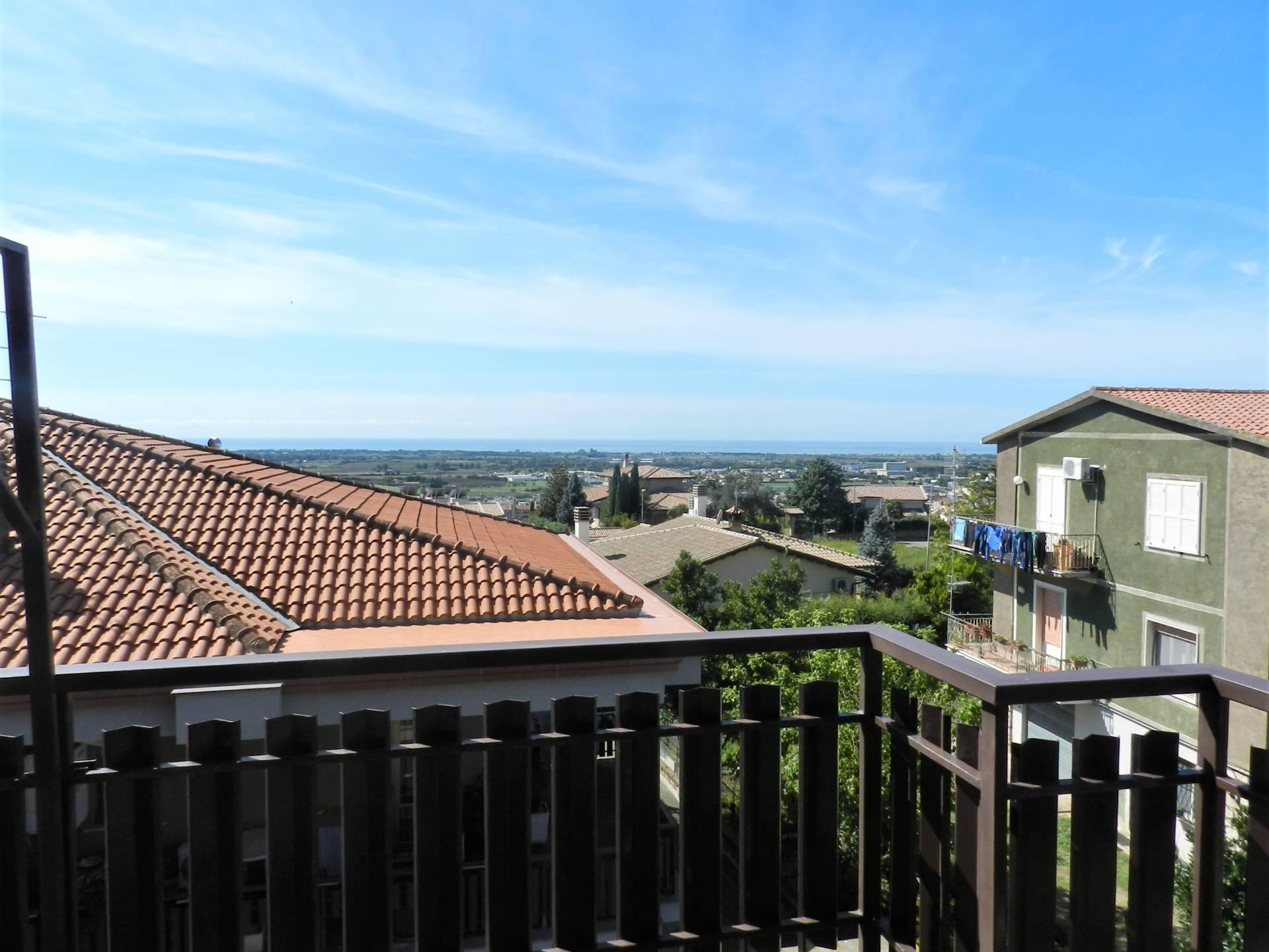 Appartamento in vendita a Tarquinia, 5 locali, zona Località: Paparello, prezzo € 240.000 | PortaleAgenzieImmobiliari.it