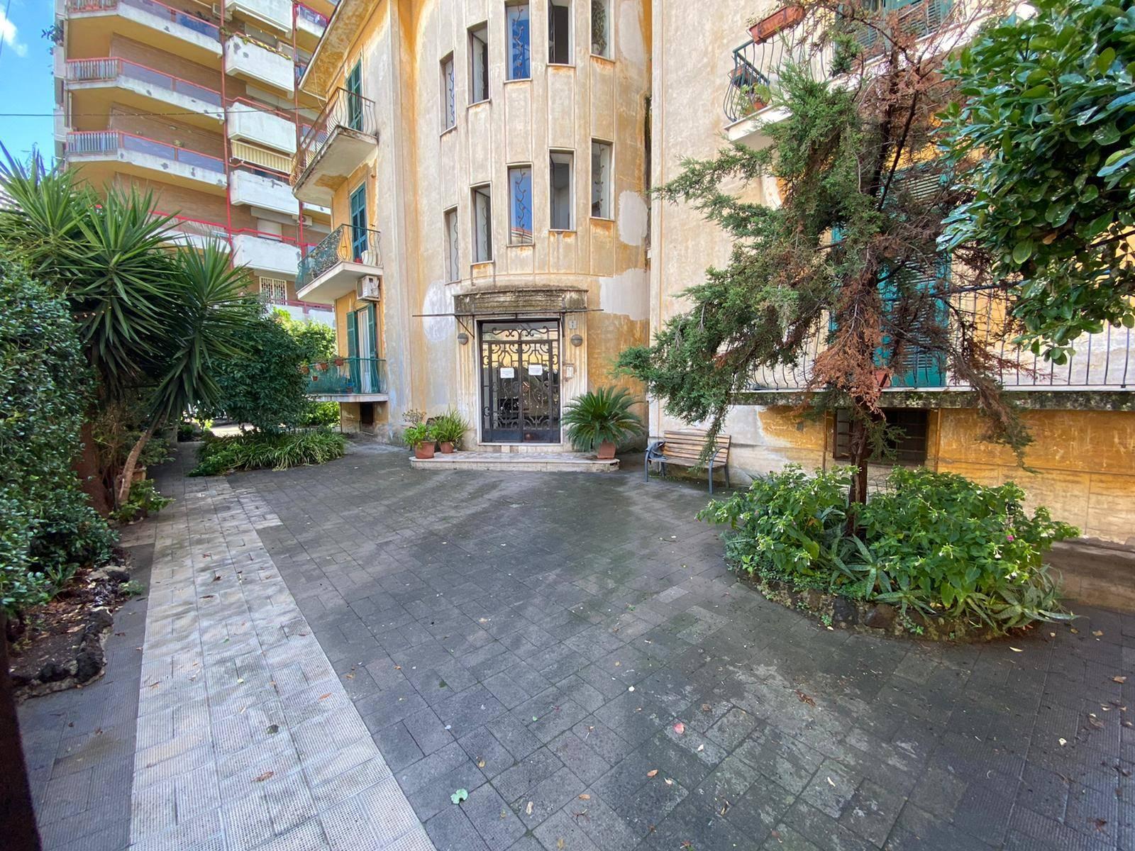 Appartamento in vendita a San Giorgio a Cremano, 3 locali, prezzo € 198.000 | CambioCasa.it