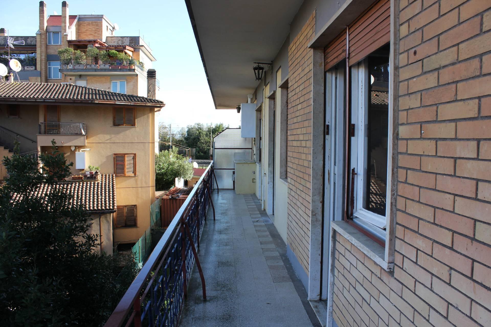 APPARTAMENTO in Affitto a Ottavia, Roma (ROMA)