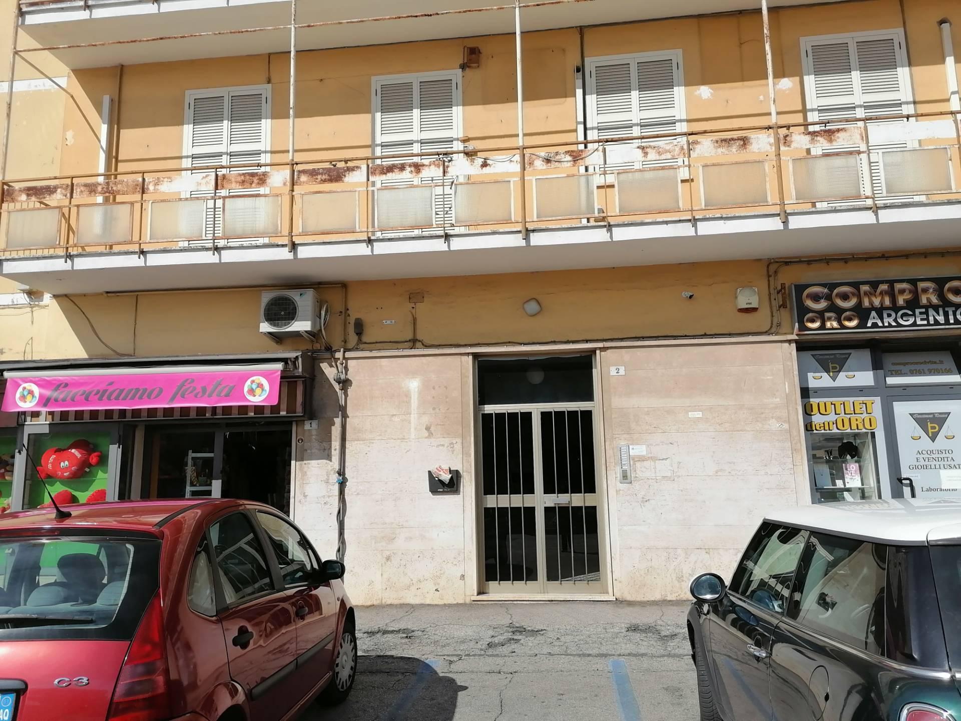 Appartamento in affitto a Civita Castellana, 4 locali, zona Località: PiazzaDellaLiberazione, prezzo € 500 | CambioCasa.it