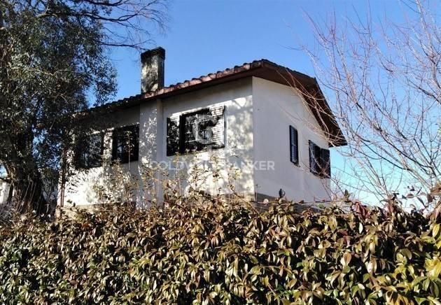 Villa in vendita a Acquapendente, 7 locali, prezzo € 260.000   CambioCasa.it