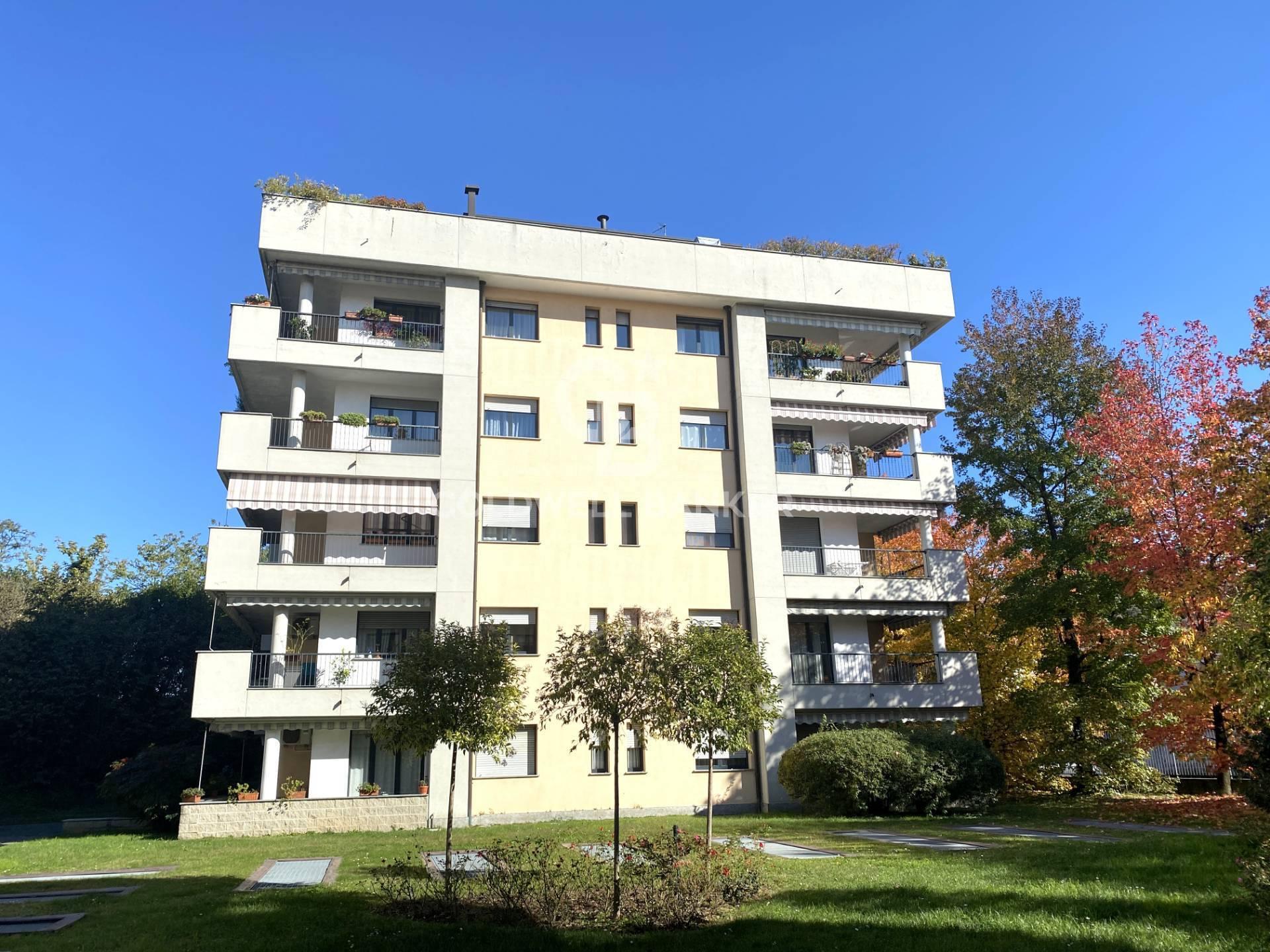 Vendita Quadrilocale Appartamento Legnano 244653