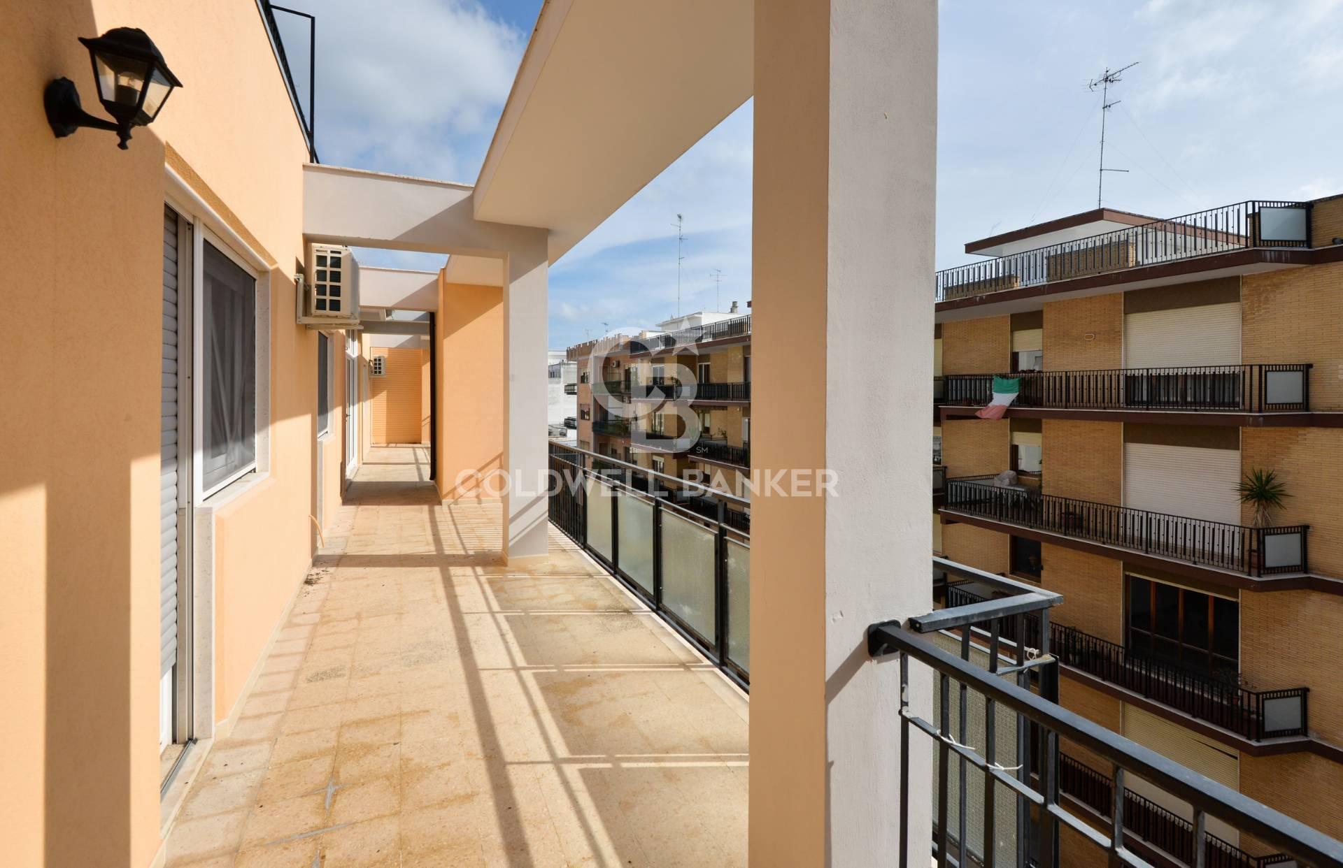 Appartamento, 226 Mq, Vendita - Lecce (Lecce)