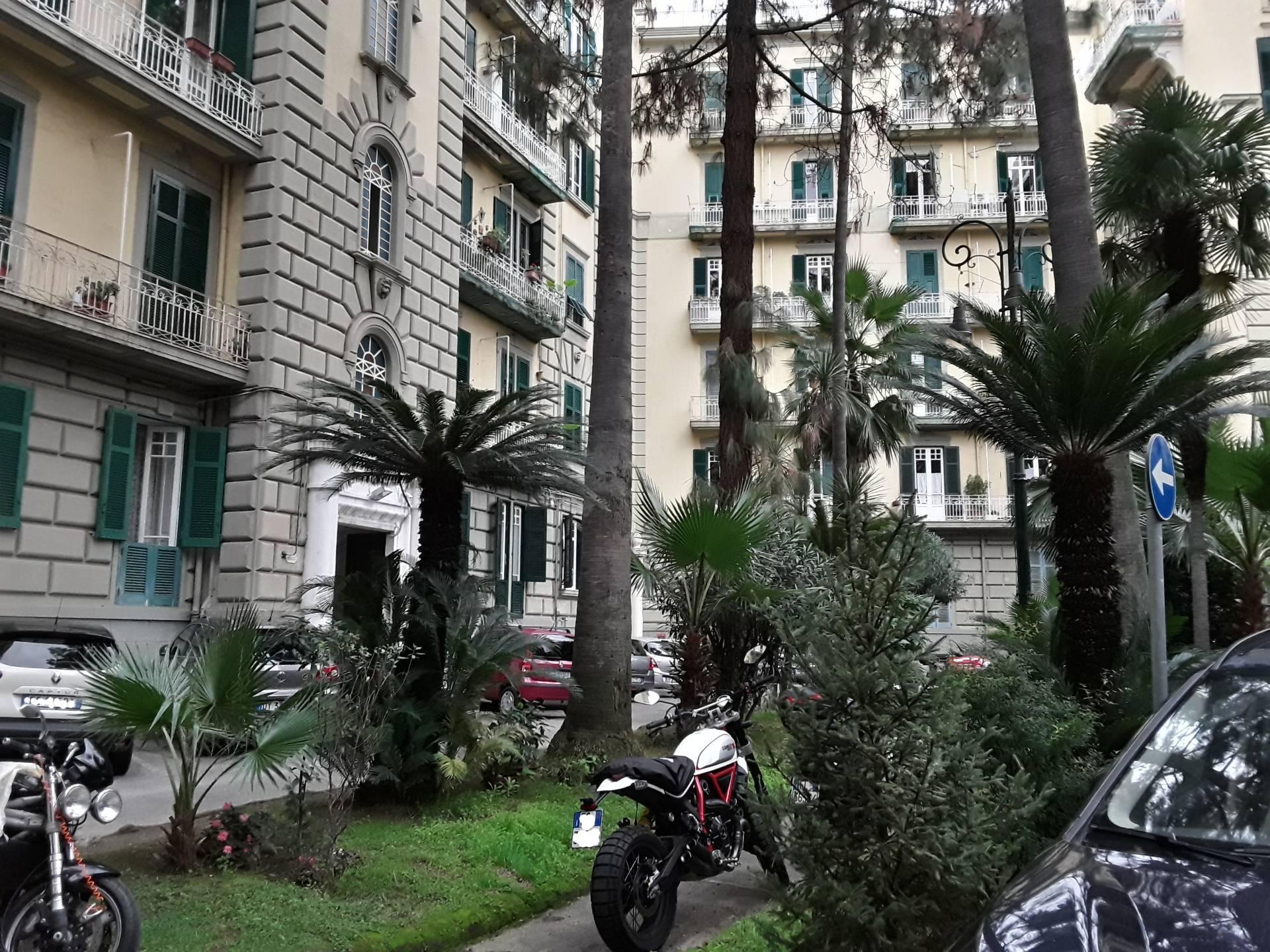 Appartamento, 180 Mq, Vendita - Napoli (Napoli)