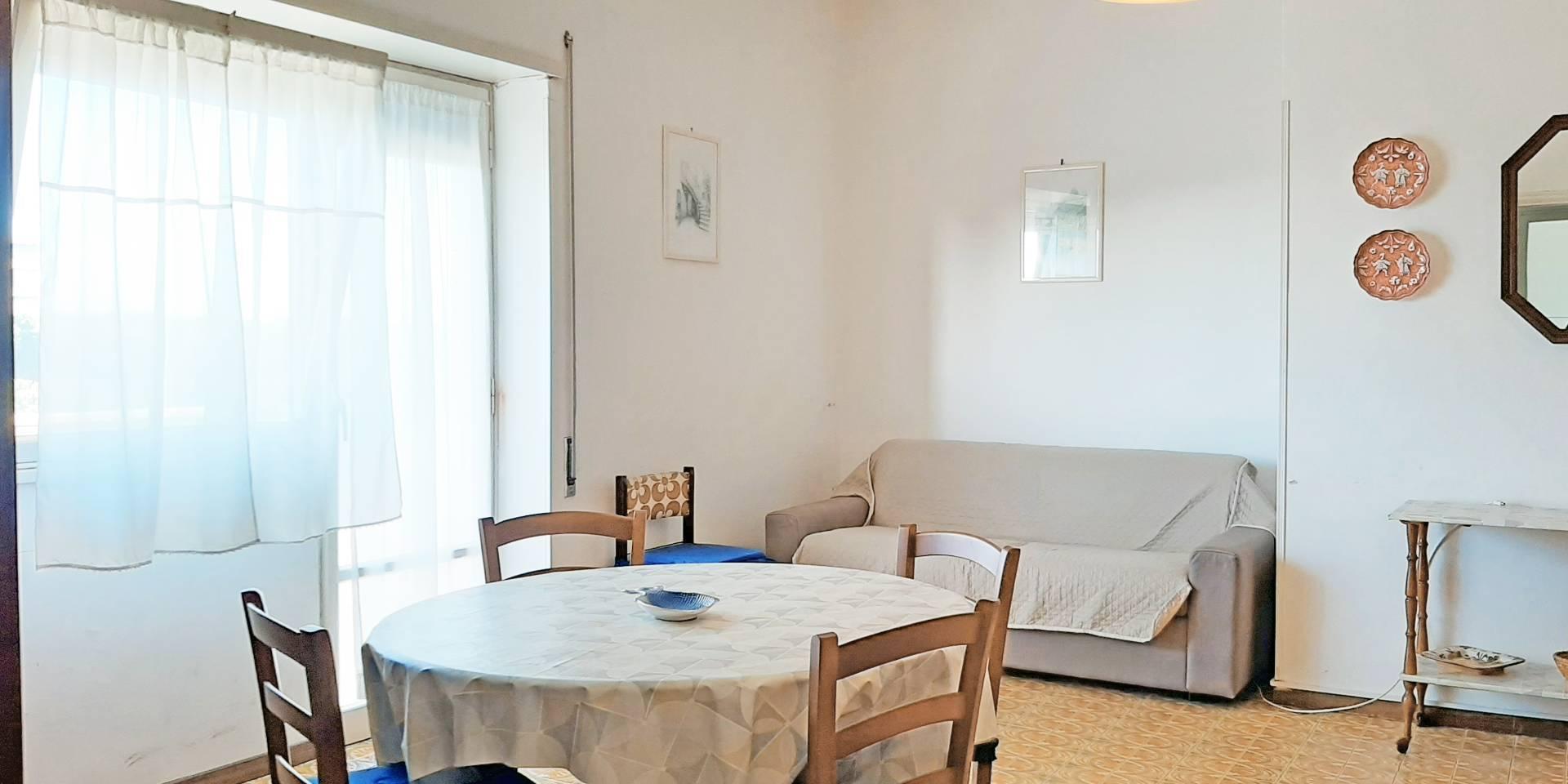 Appartamento in affitto a Tarquinia, 3 locali, zona Località: LidodiTarquinia, prezzo € 700   CambioCasa.it