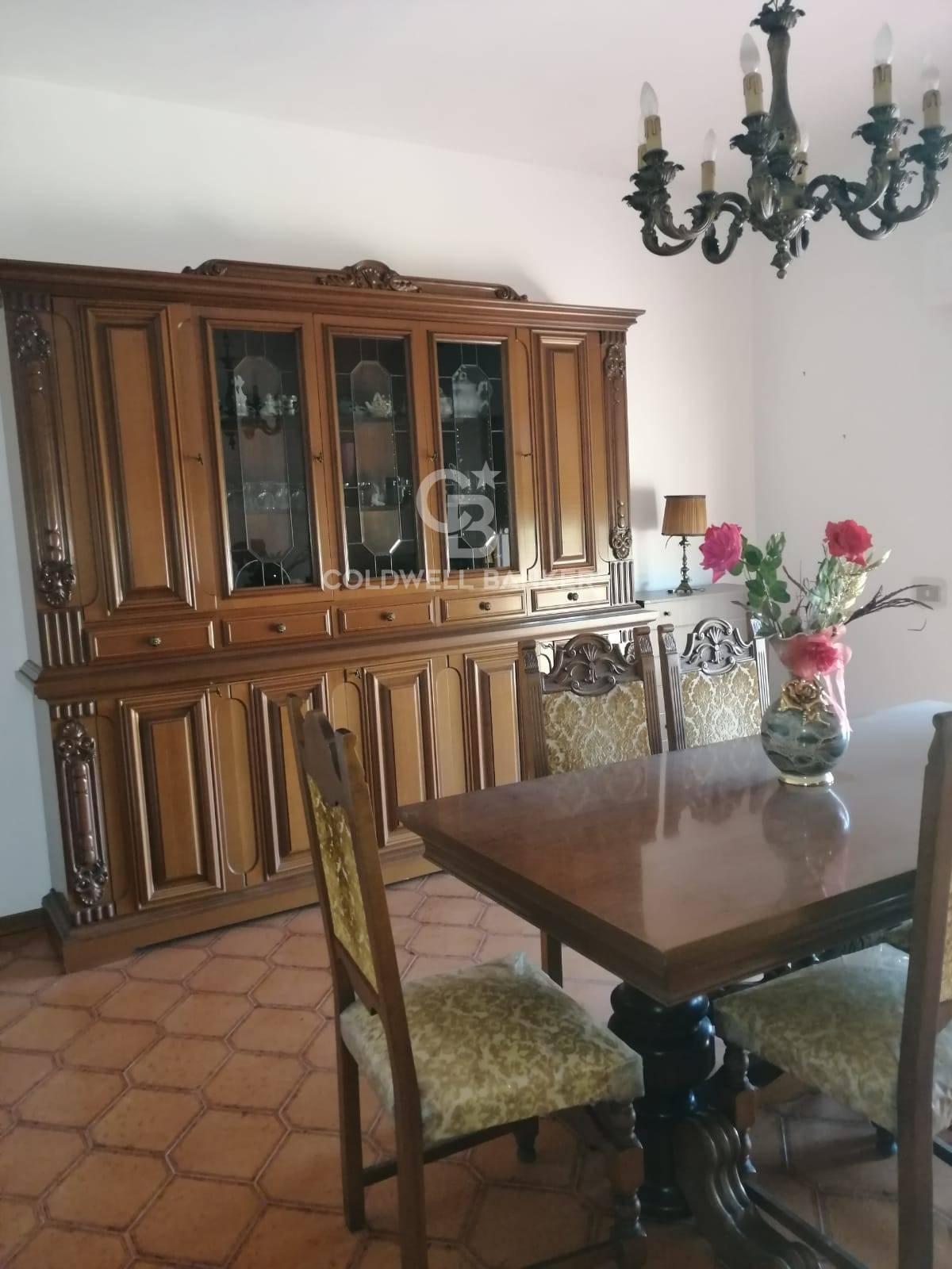 Appartamento in vendita a Piansano, 3 locali, prezzo € 69.000   CambioCasa.it
