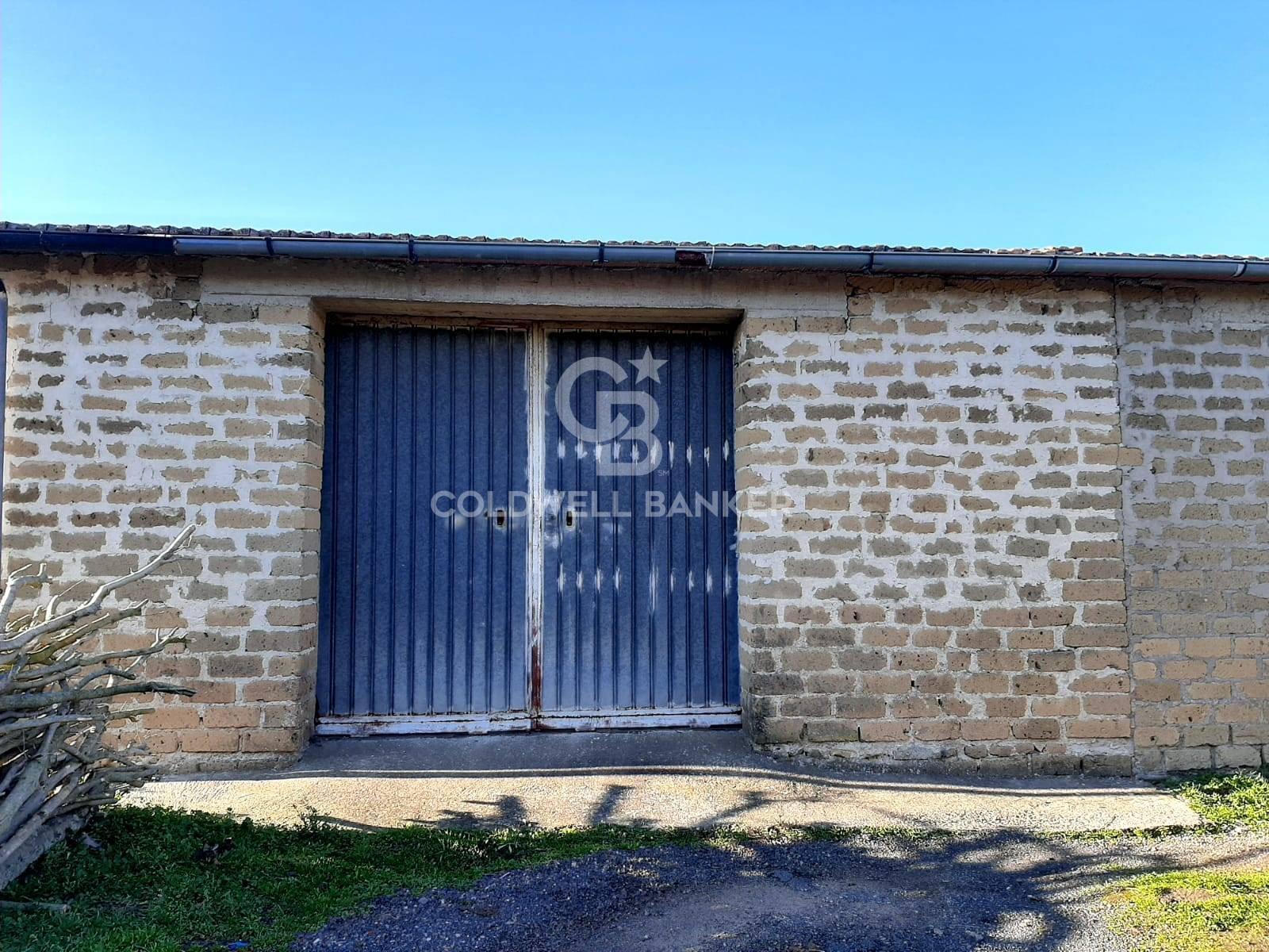 Box / Garage in vendita a Cellere, 3 locali, prezzo € 38.000   CambioCasa.it