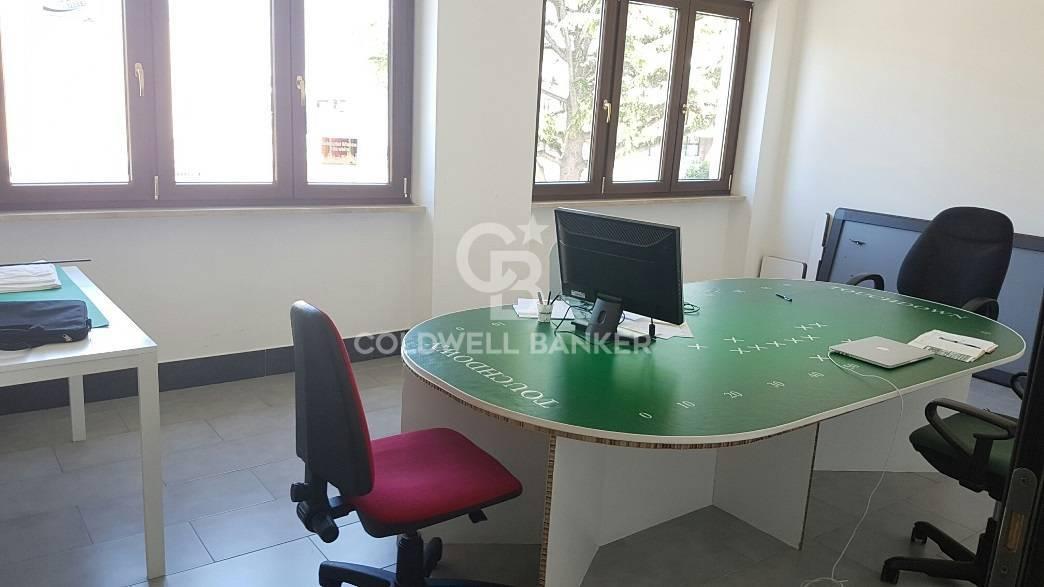 Ufficio / Studio in affitto a Pomezia, 9999 locali, prezzo € 950   CambioCasa.it