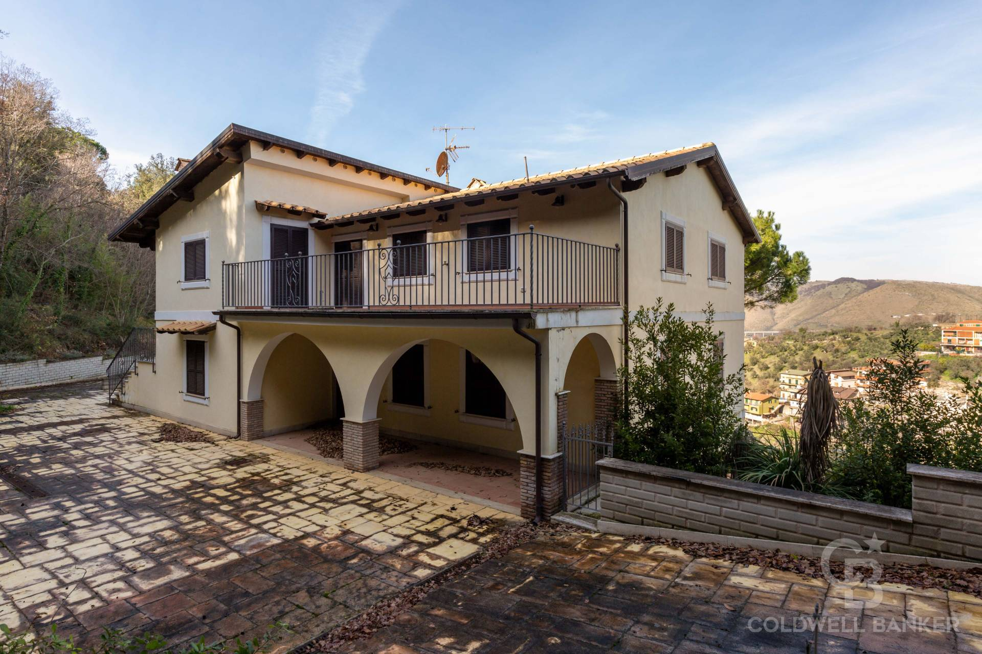 Villa in vendita a Nerola, 9 locali, zona Località: OsteriadiNerola, prezzo € 485.000 | CambioCasa.it