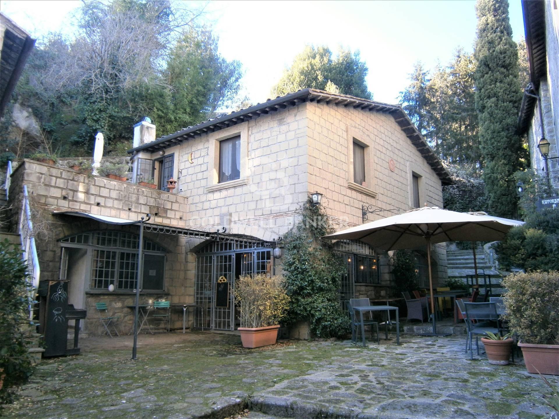 Appartamento in vendita a Bassano in Teverina, 5 locali, prezzo € 110.000 | PortaleAgenzieImmobiliari.it
