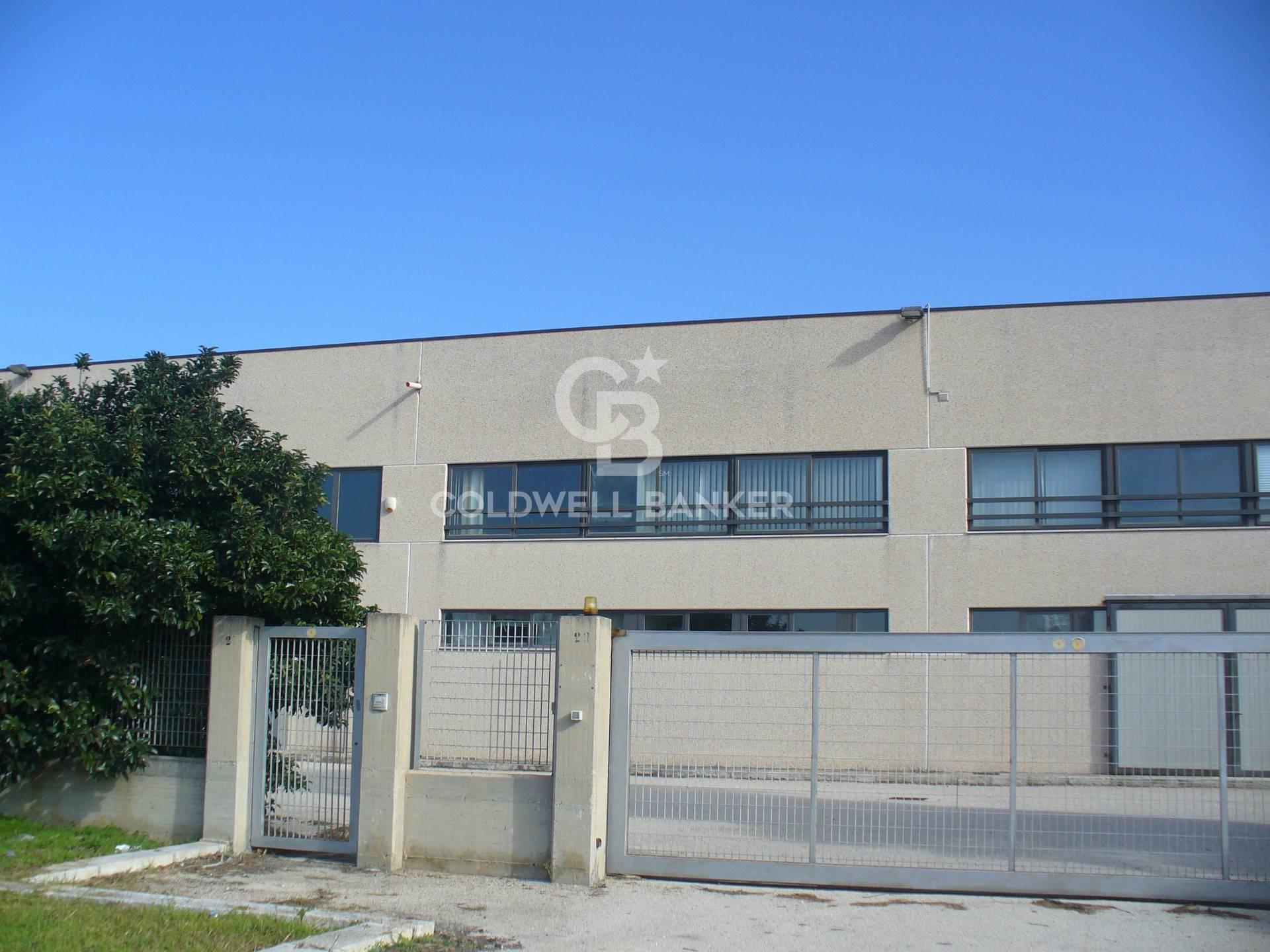 Capannone in vendita a Brindisi (BR)
