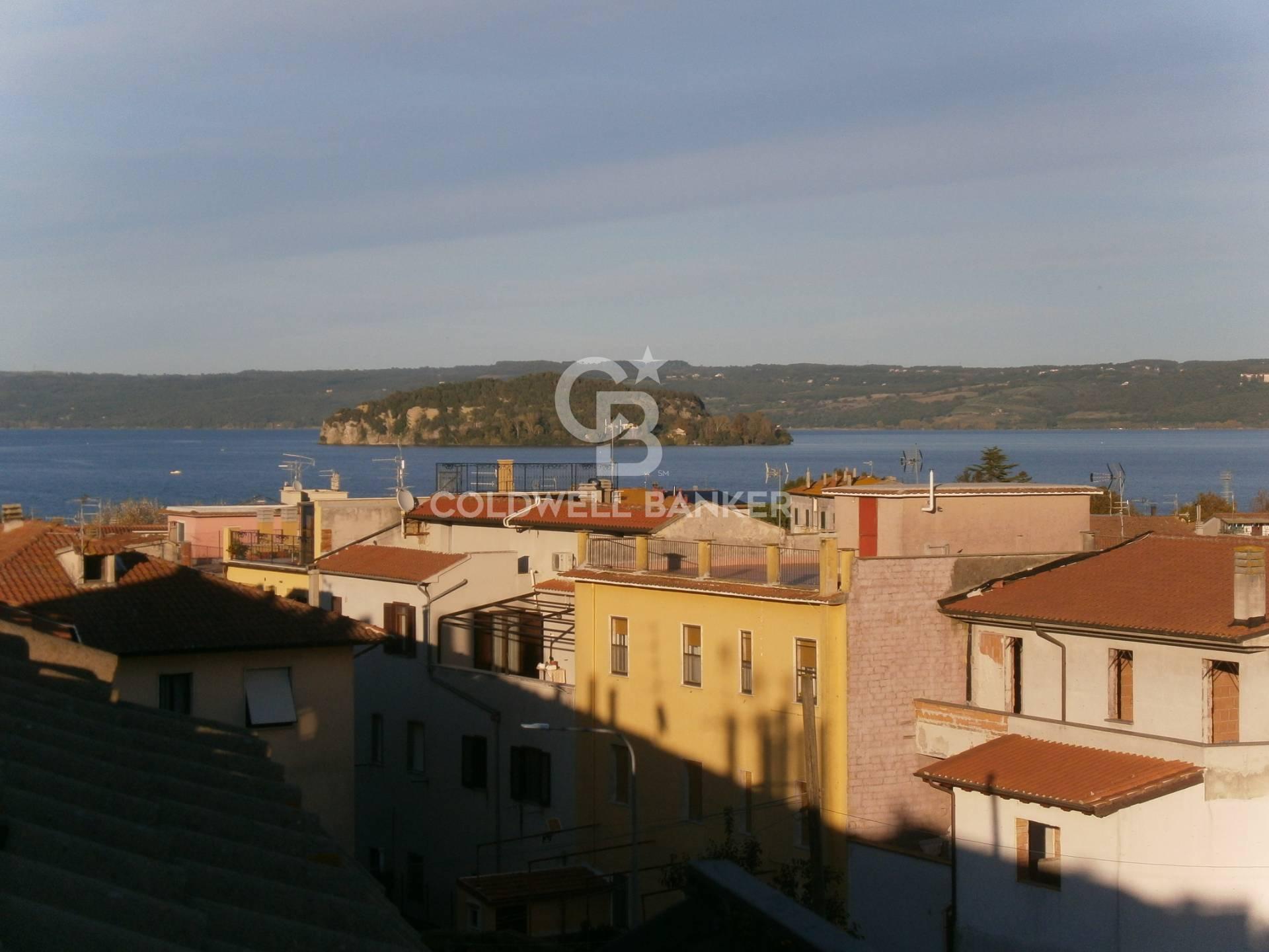 Appartamento in vendita a Marta, 4 locali, prezzo € 70.000   CambioCasa.it