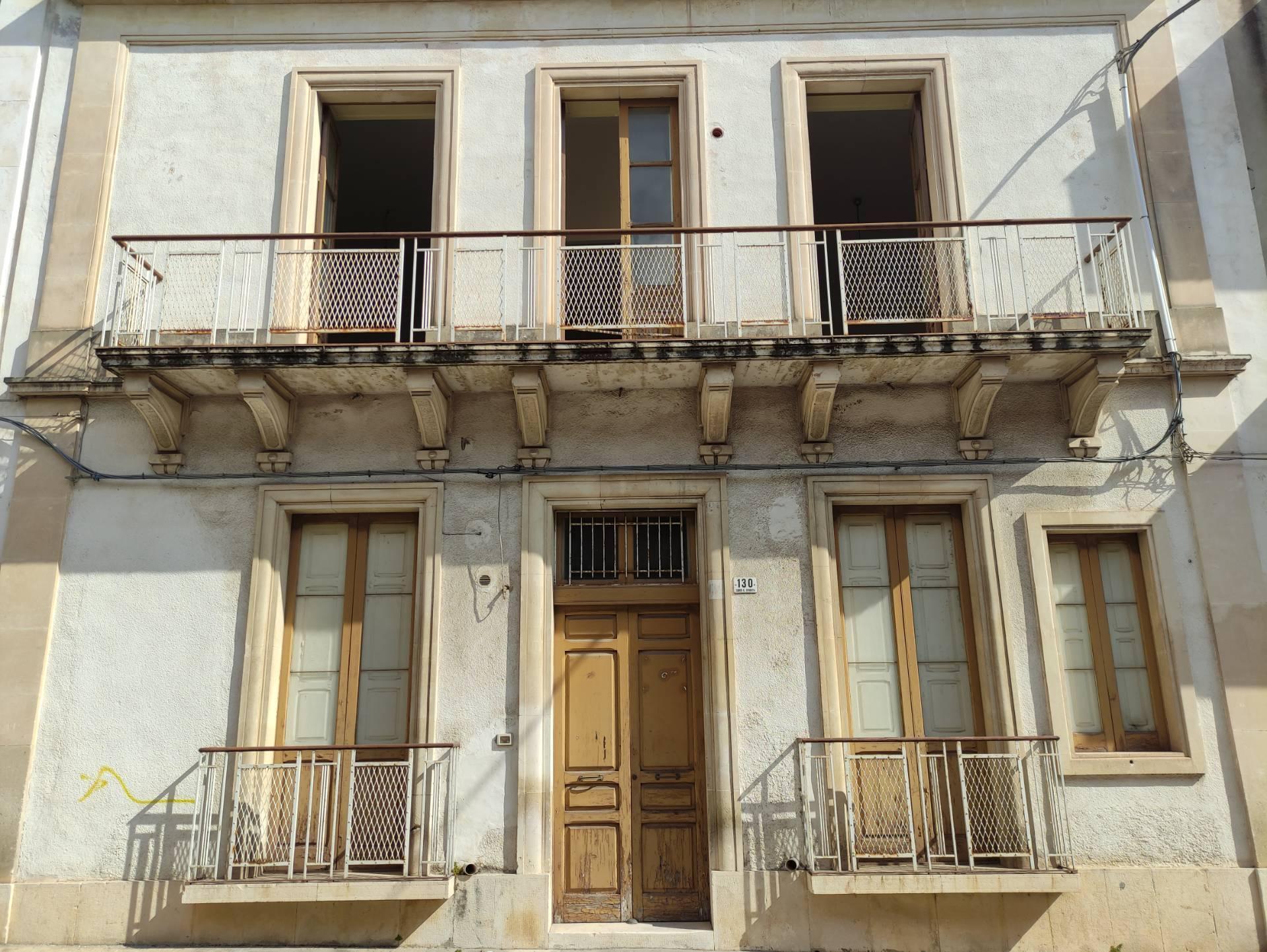 Casa indipendente in vendita a Avola (SR)