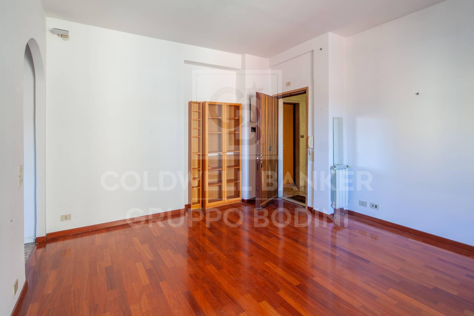 Appartamento in vendita a Roma, 4 locali, zona Zona: 19 . Colombo, Garbatella, Navigatori, Omboni, prezzo € 319.000   CambioCasa.it