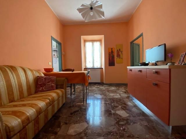 Appartamento in vendita a Civita Castellana, 3 locali, prezzo € 60.000 | CambioCasa.it