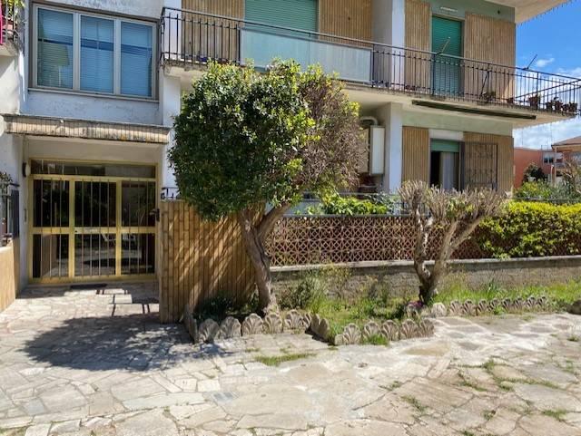 Appartamento in vendita a Civita Castellana, 5 locali, prezzo € 125.000 | CambioCasa.it