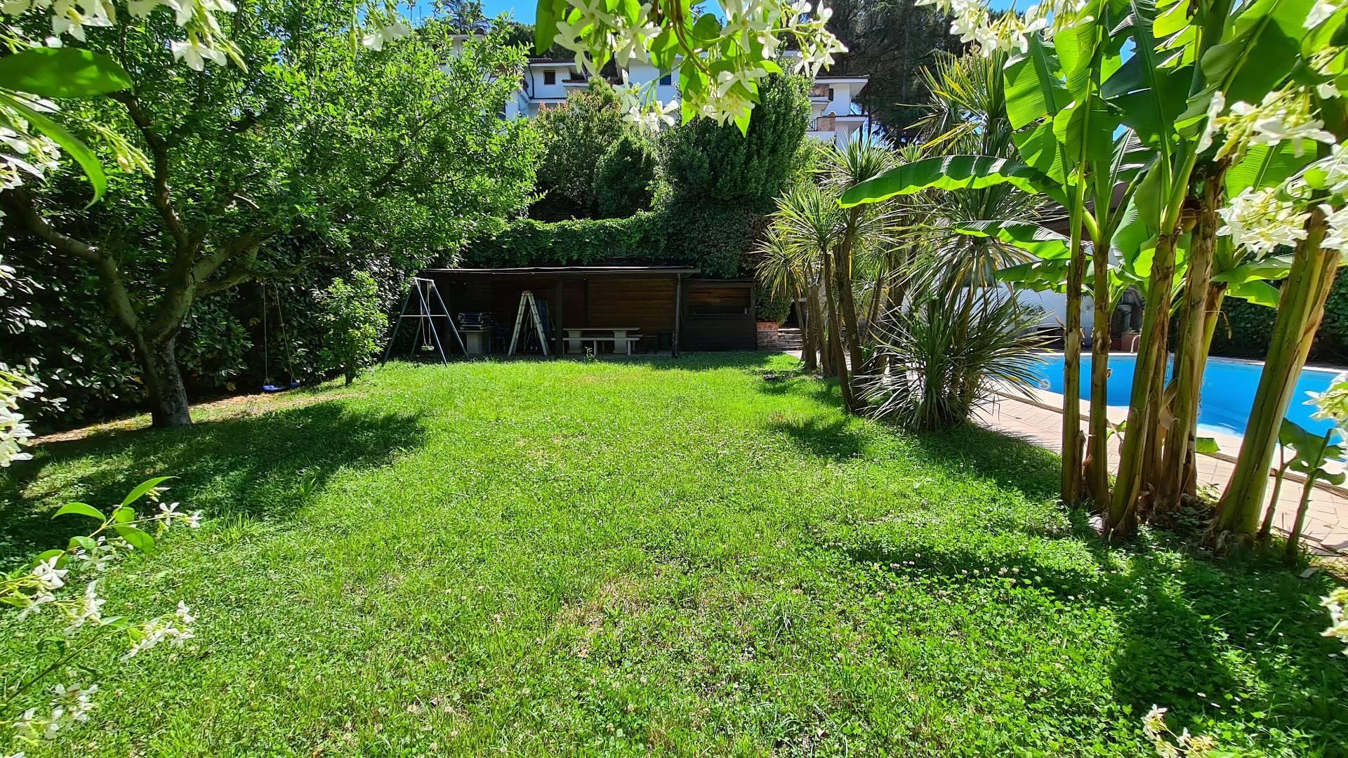 Villa in vendita a Formello, 4 locali, zona Località: LeRughe, prezzo € 490.000   CambioCasa.it
