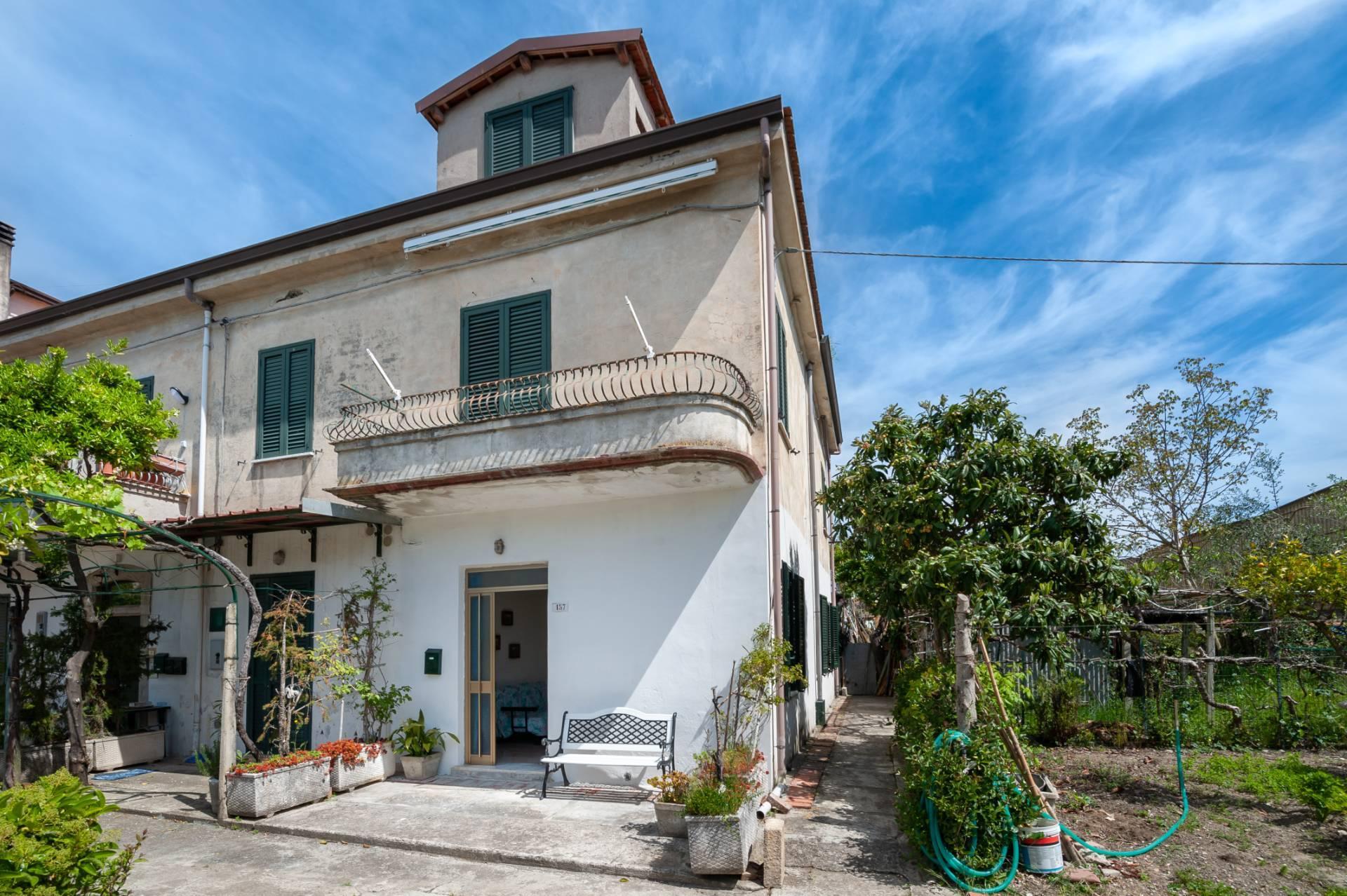 Appartamento in vendita a Casal Velino, 2 locali, zona Località: BiviodiAcquavella, prezzo € 60.000 | CambioCasa.it